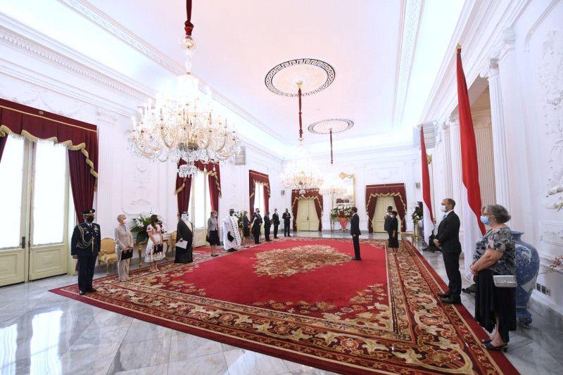 Presiden terima surat kepercayaan sembilan duta besar negara sahabat