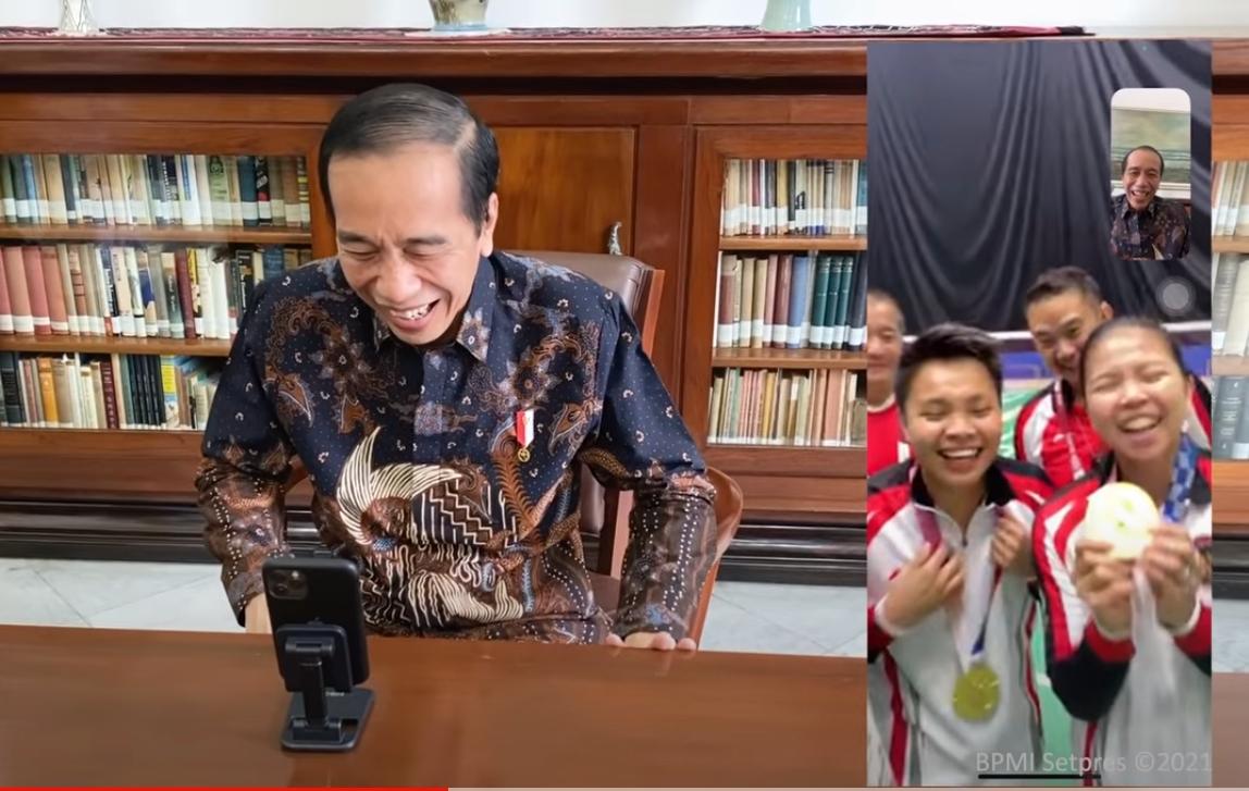 Jokowi video call dengan peraih medali emas Olimpiade Tokyo 2020