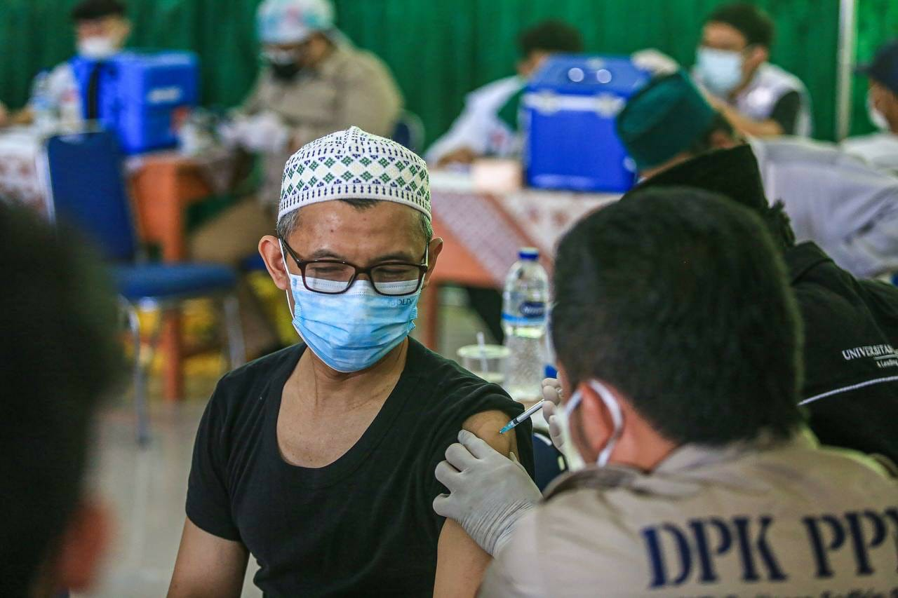 62.732.568 penduduk Indonesia mendapat vaksinasi dosis kedua
