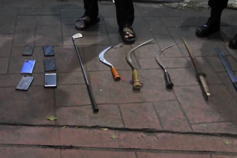 Polisi tangkap tiga remaja diduga akan tawuran di Kebayoran Baru