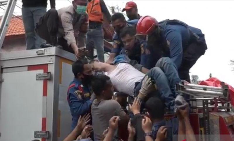 Seorang petugas PJU tersengat listrik di Tanjung Priok