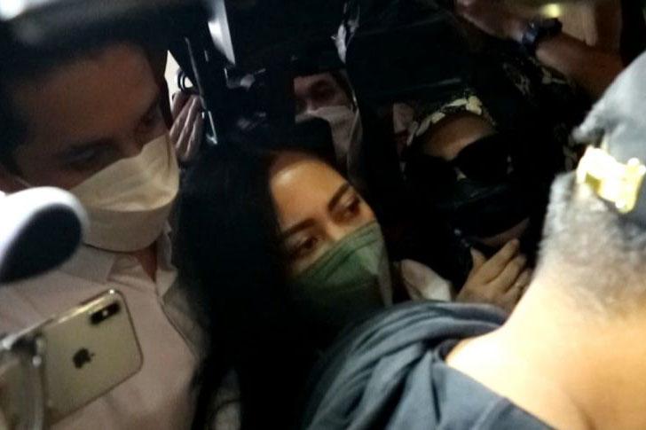 Selebgram Rachel Vennya penuhi panggilan Polda Metro Jaya