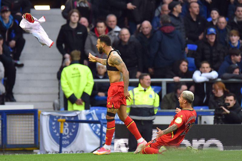 Watford pecundangi Everton 5-2 saat enam tim berbagi poin