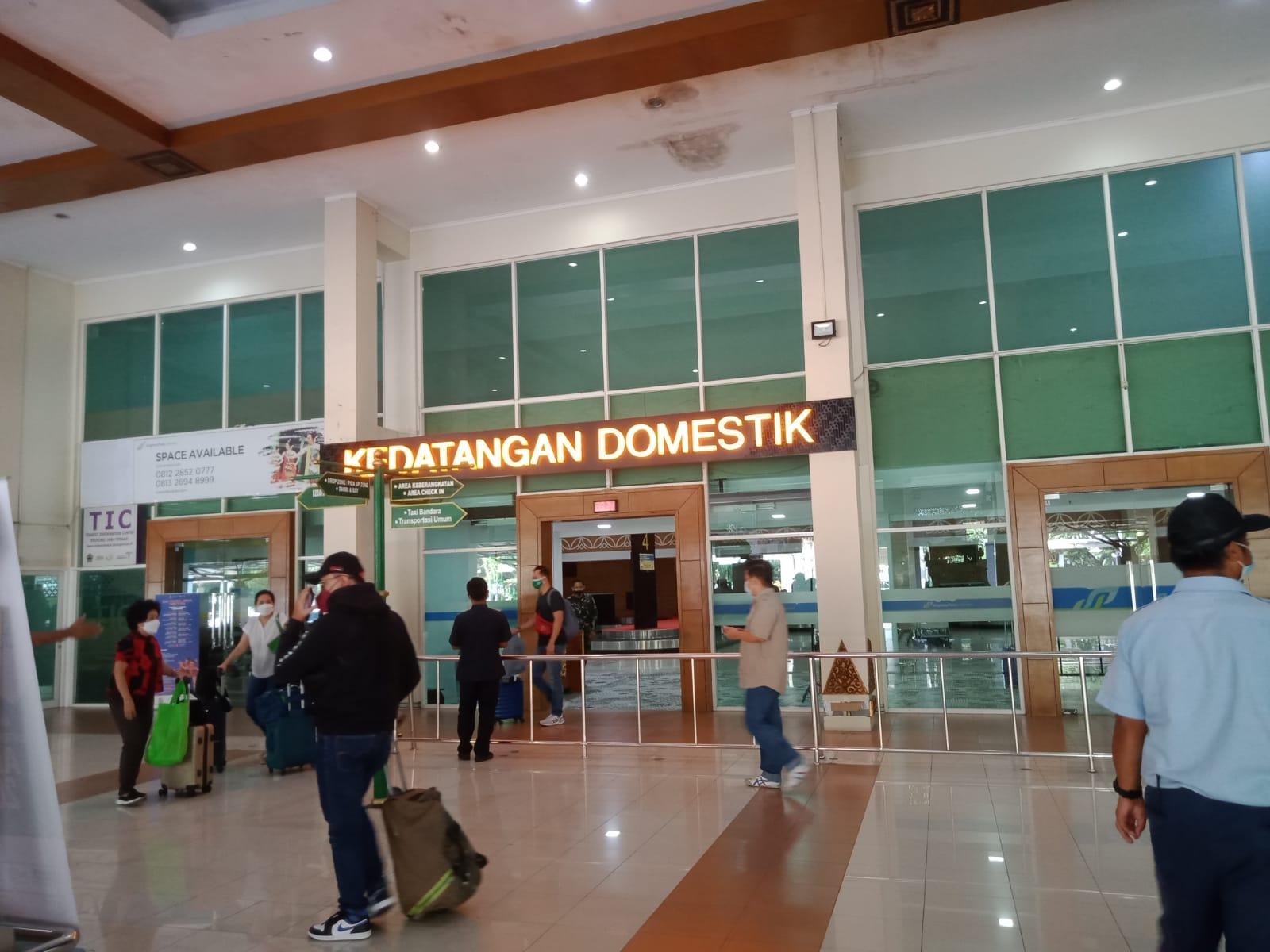 Penerapan PCR belum berdampak di Bandara Adi Sumarmo