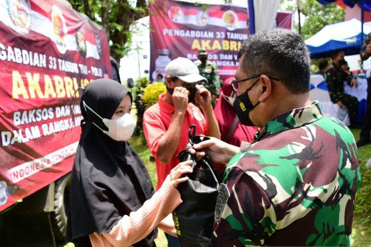 Lantamal VI salurkan 3.000 paket sembako peringati 33 tahun Akabri
