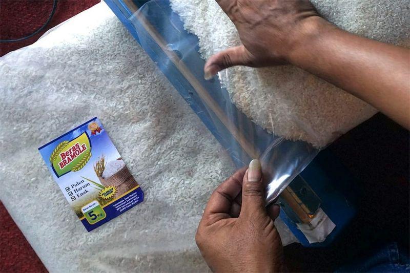 Petani Kediri manfaatkan susu dan vetsin untuk kendalikan hama