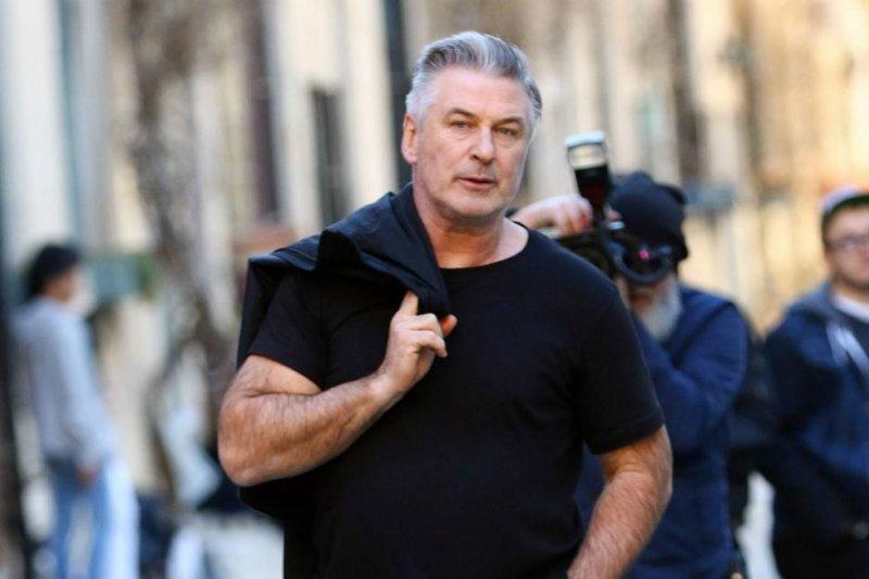 Alec Baldwin belum menerima tuntutan terkait penembakan