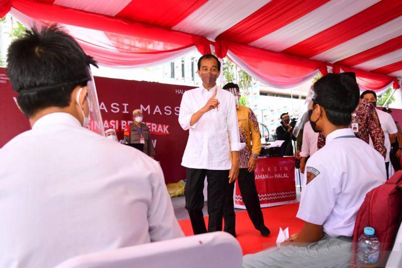 Presiden Jokowi minta pemda di Kalsel percepat vaksinasi masyarakat