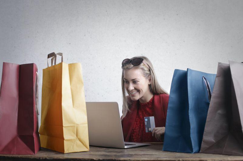 Survei Markplus: Produk fesyen lokal jadi favorit di `e-commerce`
