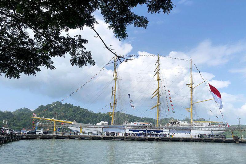 KRI Bima Suci singgahi Pelabuhan Tanjung Intan Cilacap