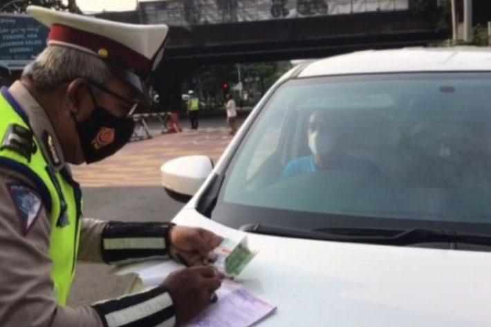 Polisi masih sosialisasikan penerapan ganjil-genap di Gunung Sahari