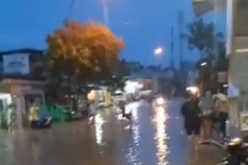 Banjir rendam Mamuju setelah hujan tiga jam