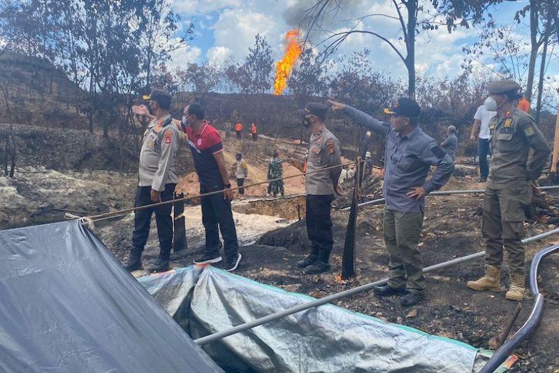 Pemkab Muba minta bantuan ahli padamkan kebakaran sumur minyak illegal