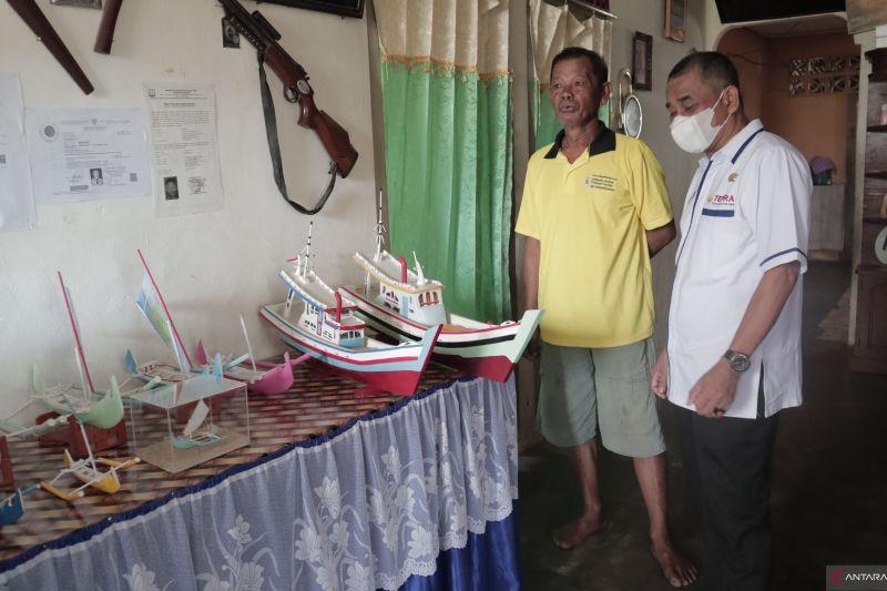 Dekranasda dorong pengembangan usaha miniatur perahu kater