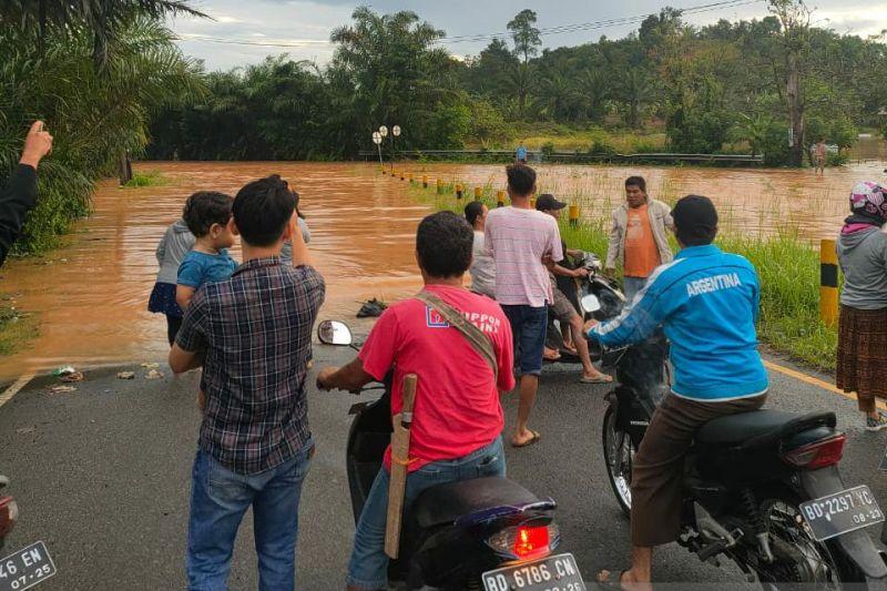 Komisi I DPRD: Penyebab banjir di Bengkulu pembalakan dan penambangan