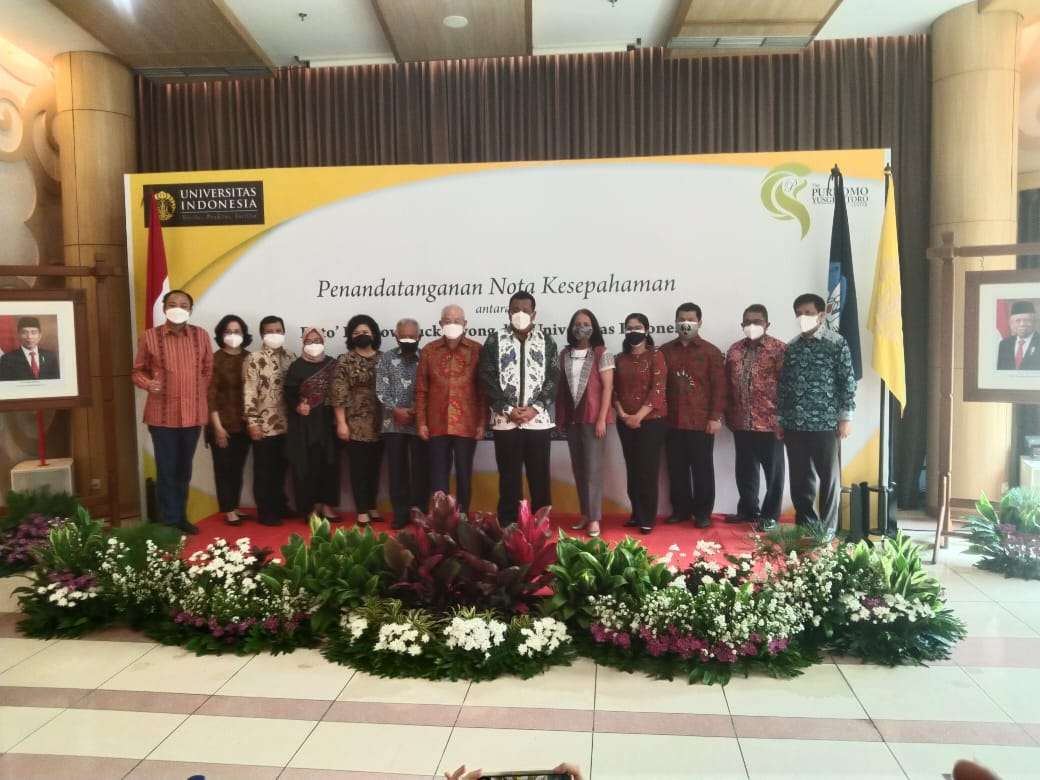 Mahasiswa UI dapat beasiswa dana abadi dari Dato` Dr Low Tuck Kwong-Purnomo Yusgiantoro Center