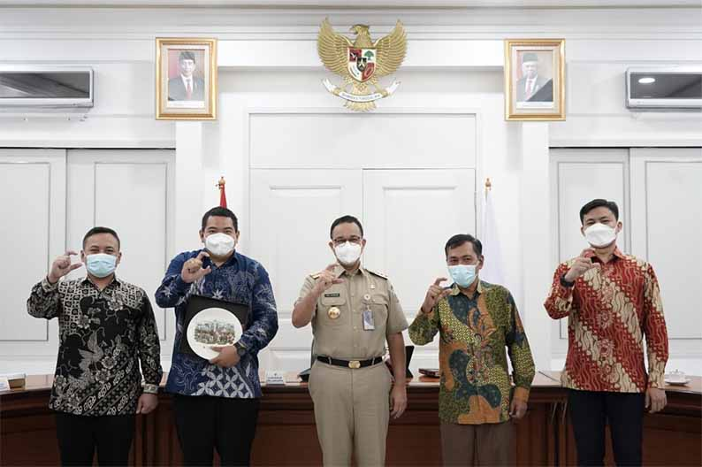 Gubernur Anies Baswedan terima laporan kinerja Komisi Informasi DKI Jakarta