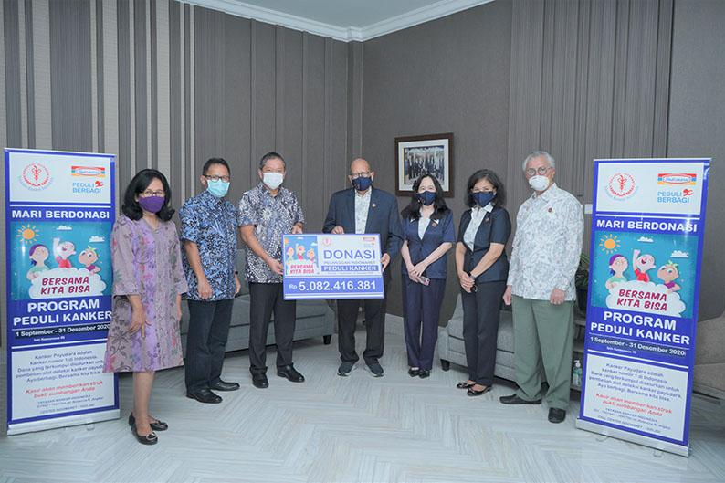 Pelanggan Indomaret bantu pasien kanker Rp5 miliar