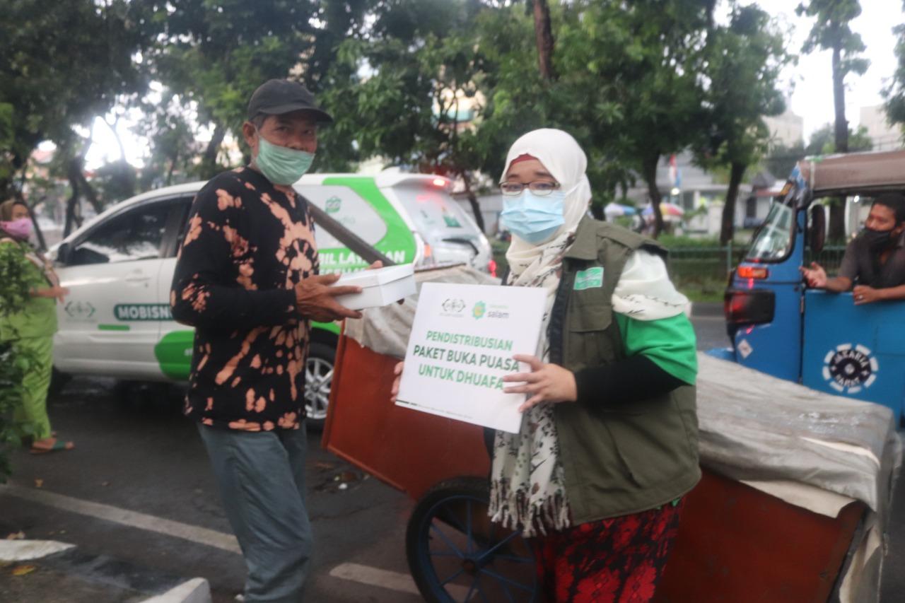 NU CARE dan Tokopedia Salam berbagi ribuan paket buka puasa