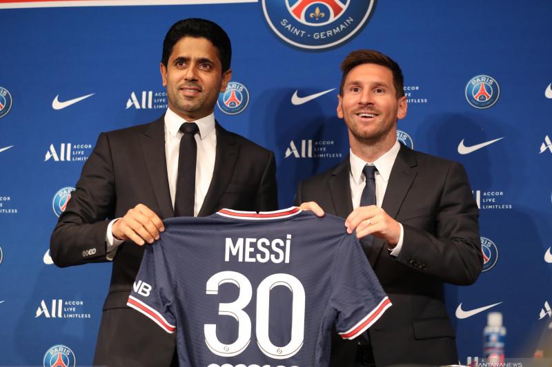 Lionel Messi resmi bergabung dengan PSG
