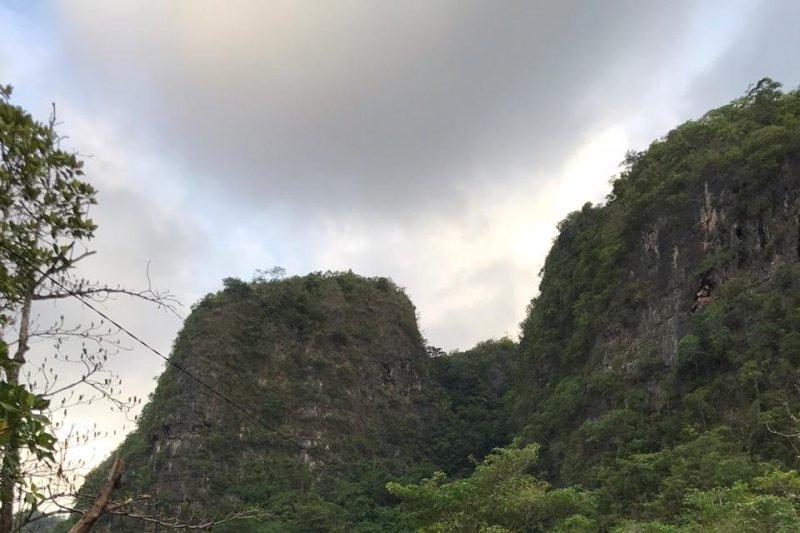 Wisata Karst Rammang-rammang menuju warisan Geopark UNESCO